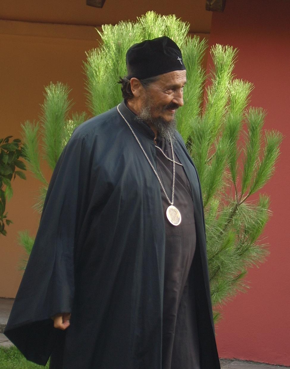Уснуо у Господу умировљени eпископ Атанасије (Јевтић)
