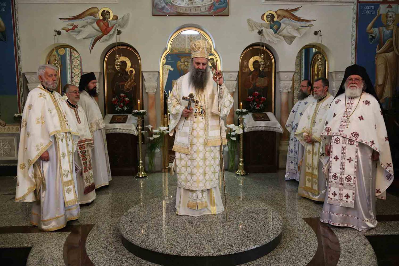 На Васкршњи уторак Патријарх богослужио у манастиру Ваведења Пресвете Богородице